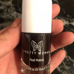 PRETTY WOMAN | Wine with Ice, Garçon nail polish